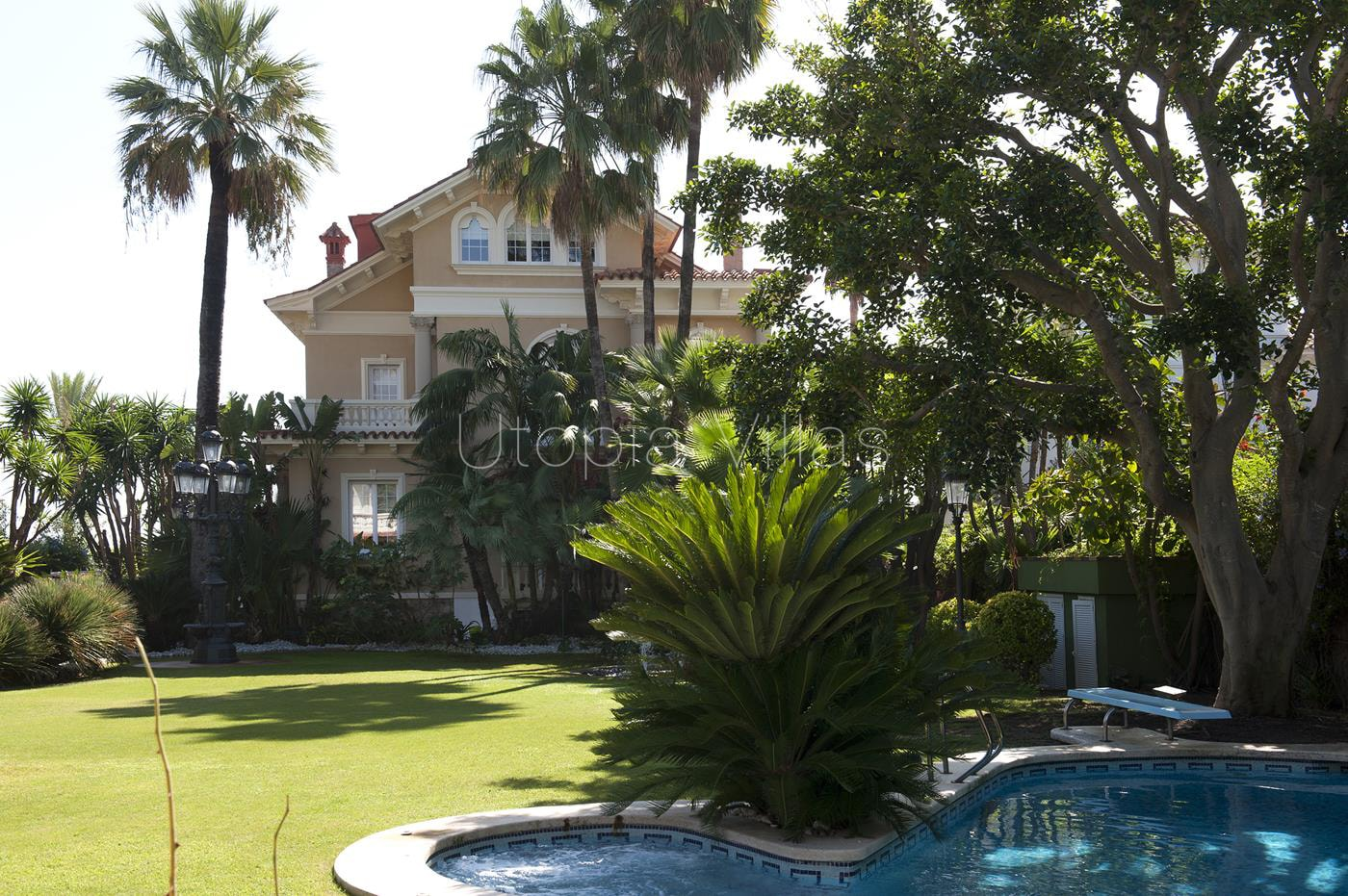 1-Gardenview-VillaIslaCozumel-Sitges-Barcelona