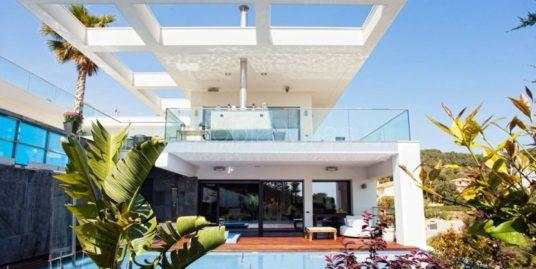 1-villa-laguna-830x460