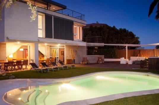1-villa-mediterranea-830x460