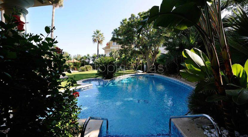 28--SwimmingPool-VillaIslaCozumel-Sitges-Barcelona