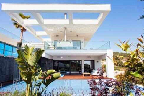 Stunning and luxurious Villa Laguna in Sitges, Barcelona