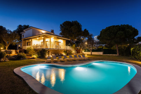 Beautiful Villa Koh Samui at night, in Sitges, Barcelona