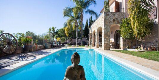 Villas con piscina privada Villa Tamina Sitges Barcelona